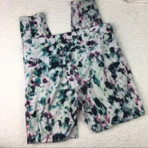 Old Navy Pants - Old Navy Active Workout Watercolor Leggings